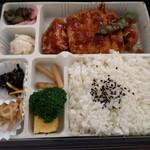 デリカケーワイケー 阪急千里店 - 買ってきたロースカツ弁当
