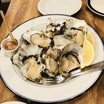 ブラッスリー ロワゾブリュ - 生牡蠣