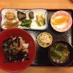 季節の魚丼