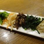 韓国宮廷料理ヨンドン - ナムル盛り合わせ