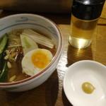 韓国宮廷料理ヨンドン - ハーフ冷麺