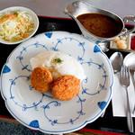 天山カントリークラブ 北コースレストラン - 料理写真:メンチカツカレー