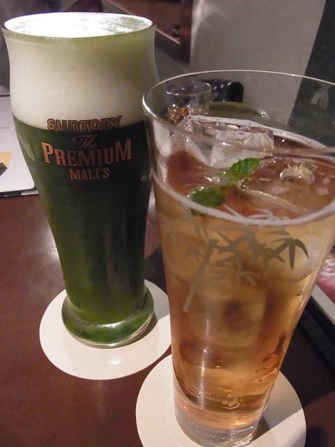 伊右衛門サロン - 緑茶ビールとほうじ茶カクテル