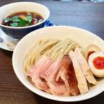 79182602 - 醤油らぁ麺 チャーシュー増し 味玉TP