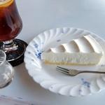 シルクロード - チーズケーキとアイスティーのセット