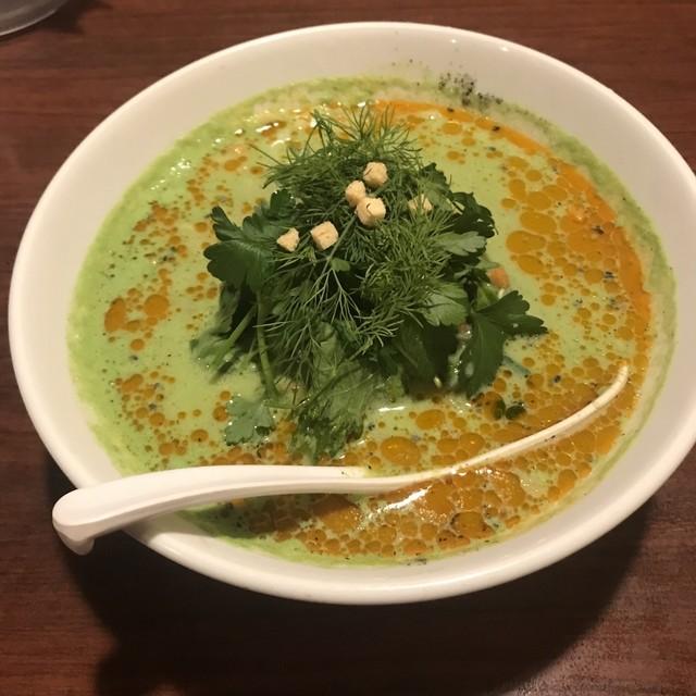 天府 - 緑の担々麺。 税込780円。 美味し。