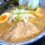 麺屋 青山 - らーめん(豚骨魚介)