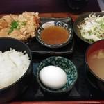 79199111 - ひな鶏の唐揚げ定食 830円(税込)