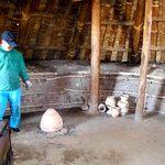 79199935 - 竪穴式住居で、ボランティアさんによる「虫よけの燻し」が行われていました!