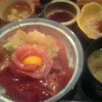 Onegiya - まんまみーや 特選鉄火丼セット