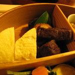 山里料理 葡萄屋 - 玉子焼きとお肉
