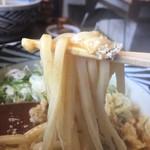 増田うどん - 麵箸あげ