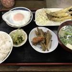 吉田屋 - 料理写真:朝食 小ご飯=600円