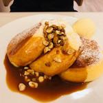 幸せのパンケーキ - シチリア産岩塩の塩キャラメルパンケーキ