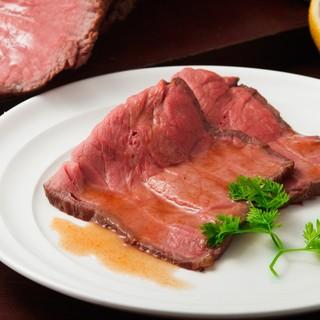 ローストビーフはランチタイム限定食べ放題