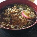白石蔵王駅 お食事処 - 料理写真:牛肉温麺