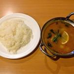 ナマステ朝霞 - ハーフライス (香りは良いけど柔い)とネパールカレー