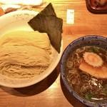 神田 勝本 - 清湯つけそば(830円)