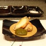 たつかわ - ◆鮑の串揚げ 鮑の肝のソース 肝ソースがタップリ添えられ美味しいこと。