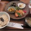 玄三庵  - 料理写真:39品目の健康定食