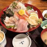 網元料理あさまる - 地魚5点丼
