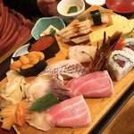 網元料理あさまる - あさまる特製寿司
