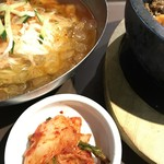 李朝園 - キムチ食べ放題!