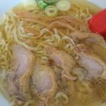 中華そば 嘉一 - 鶏チャシュ麺♪