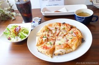 ダイニングカフェゴチ - 2017年10月 ピザセット(ベーコンピザ、アイスコーヒー)【1300円】
