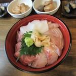 魚旬 - 北陸魚海鮮丼・海鮮大盛