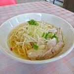 ラーメン並木 - 料理写真:塩ラーメン[¥680]