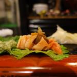 宝寿司分店 - 赤貝
