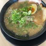 ラーメン食堂 神豚 - 料理写真: