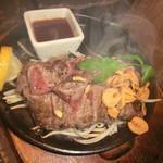 居酒家 駱駝 - 牛肉鉄板焼き
