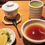 79249543 - 茶碗蒸し、天つゆ、お漬物