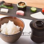 雲井釜で炊くブランド米の土鍋ご飯