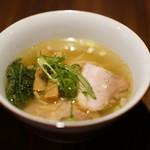 らぁめん鴇 - 料理写真:白醤油 780円