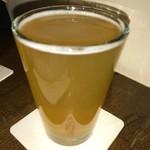79254469 - 泡を立てずに仕上げたIPA。ビール本来の味わいを楽しむことができます。