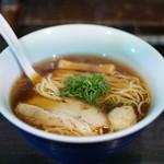 麺やBar 渦 - 「湘南湯麺 醤油 雅」(800円)