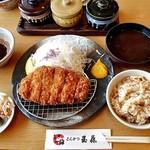 とんかつ玉藤 - 料理写真:熟成ロースかつ定食(180g)