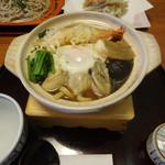 峰本 - 料理写真:牡蠣なべ焼き
