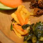 ネパール ミテリキッチンレストラン&バー - ディドセット(1,350円)の『アチャール』2018年1月