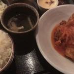 骨付キ回転鶏酒場 吉田チキン - ランチ とりから定食トマトソース