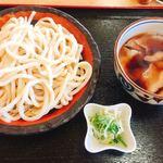 くまどん - 肉汁うどん 中  680円