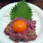 東京ミート酒場 - 蒙古馬肉のユッケ¥739