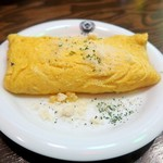 東京ミート酒場 - 納豆チーズオムレツ¥499