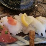 廻鮮寿司かね喜 - 料理写真:おまかせ5貫盛り