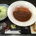 とんかつ浜勝 - 濱かつ生まれのカツカレー+チキン南蛮