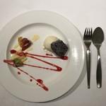 ステーキ&グリル モリタ - デザート盛り合わせ