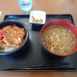 79269708 - 豚丼セット950円